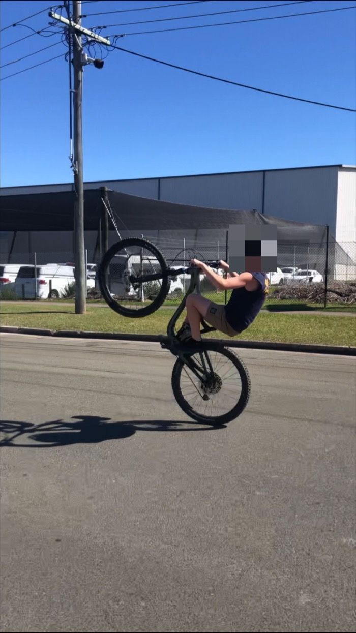 Teen seen doing wheelies at extreme speeds